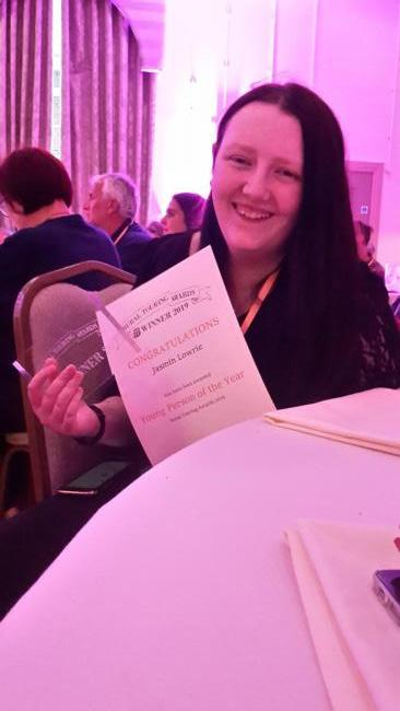 Jasmine Lowrie with her award (c) Live Borders