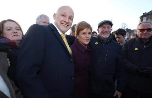 Nicola Sturgeon and Calum Kerr meeting SNP supporters in Hawick