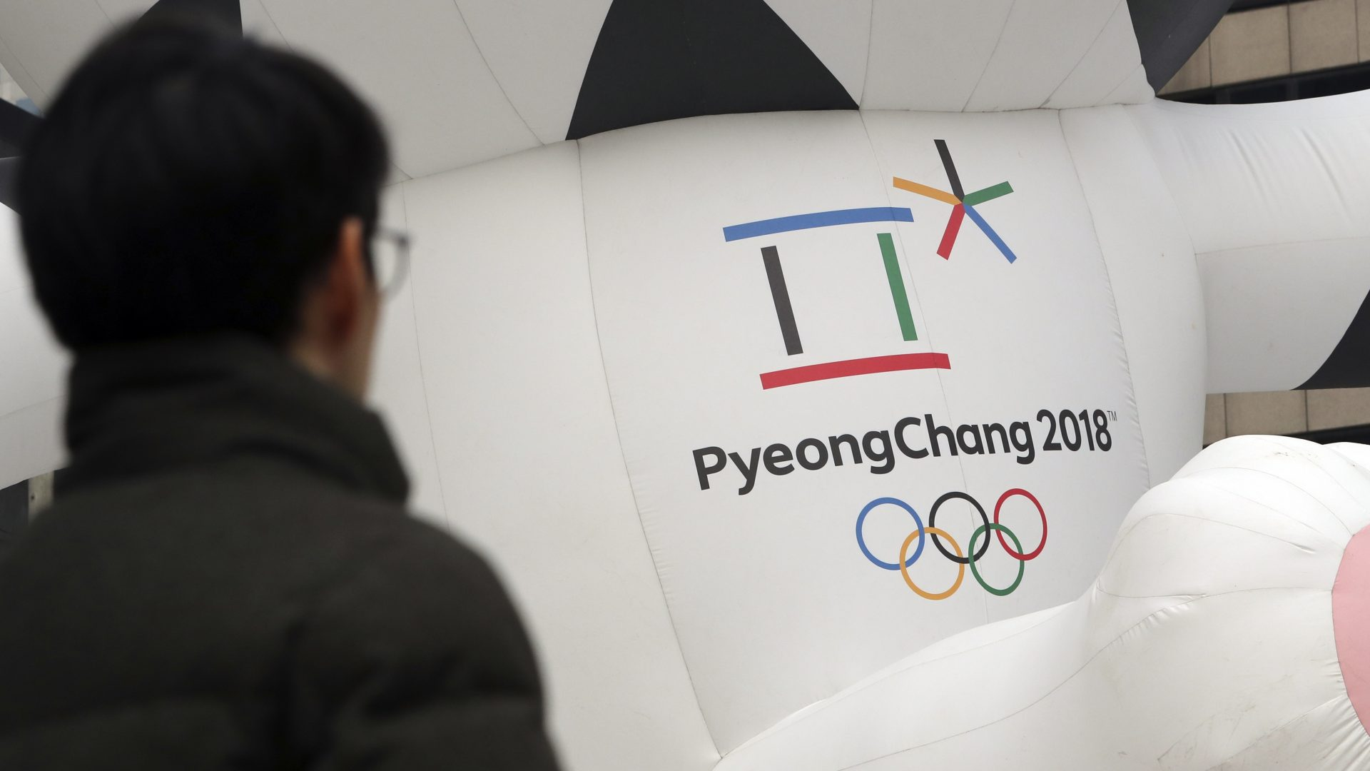 South Korea offers talks with North on Olympics co-operation