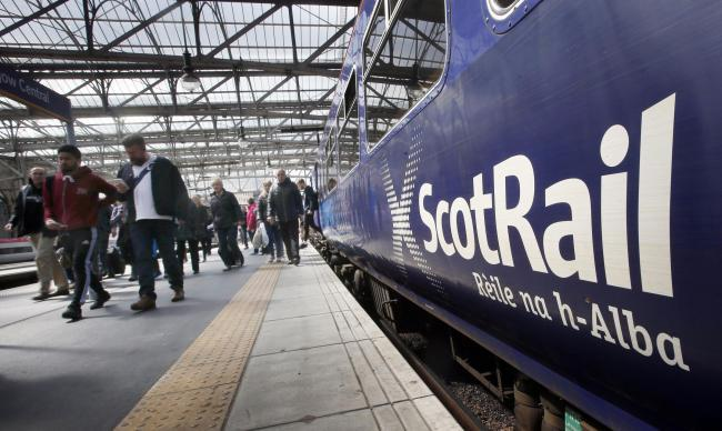 Extra train carriages put on for Borders rugby fans heading to Murrayfield
