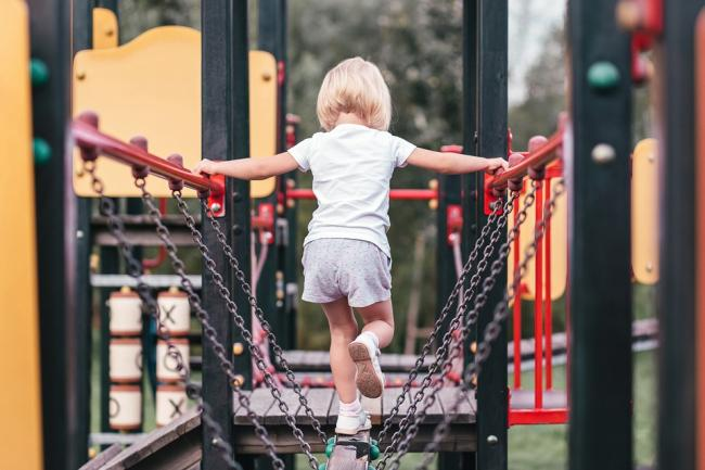 Council attempts to offload closure-threatened play parks