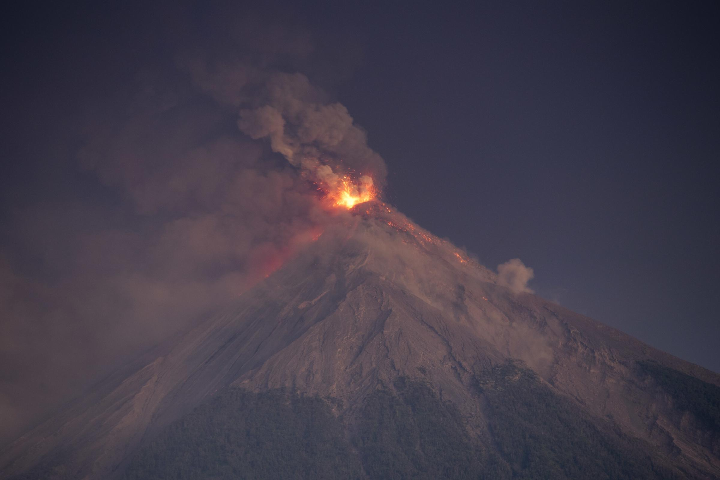 4,000 flee eruption by Guatemala's Volcano of Fire